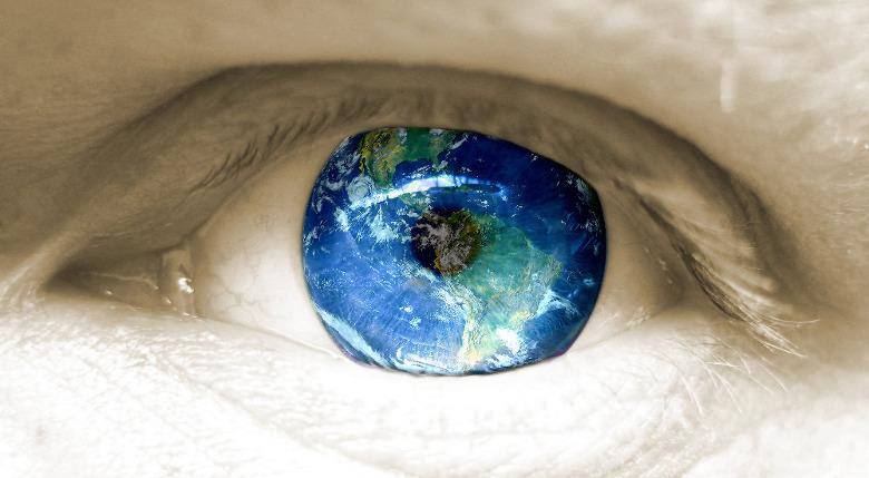 "Occhio ""planetario"""